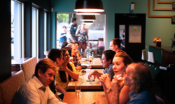 7 Ways to Make Your Restaurant Tourist Friendly!